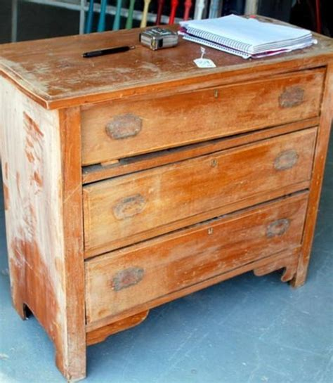 Where To Trash Furniture - trash to treasure furniture projects furniture makeovers