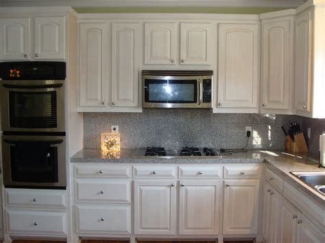 White Washed Cabinets Traditional Kitchen Design