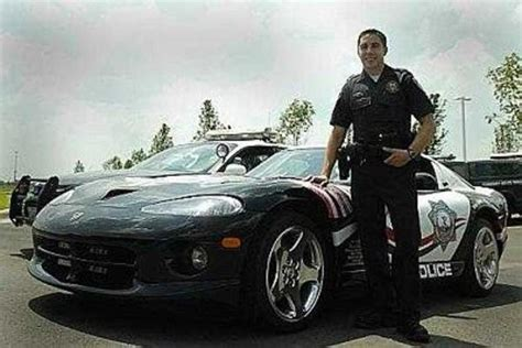 dodge viper police car picture  car news  top speed