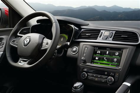 renault kadjar interior 2016 2015 renault kadjar revealed with fresh looks and led