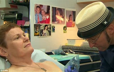 vinnie myers tattoo the artist transforming mastectomy patients
