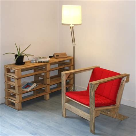 diy armchair 6 steps for diy pallet armchair 101 pallets