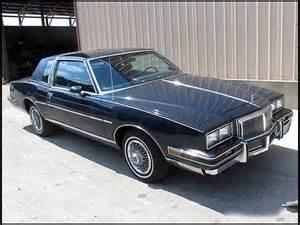 Pontiac Grand Prix 1982 1982 Pontiac Grand Prix Information And Photos Momentcar