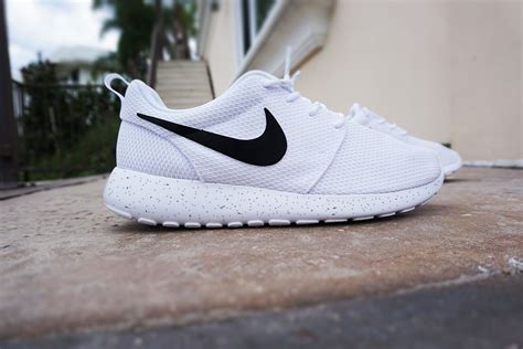 black and white pattern nikes nike roshe run womens custom nike roshe minimalistic