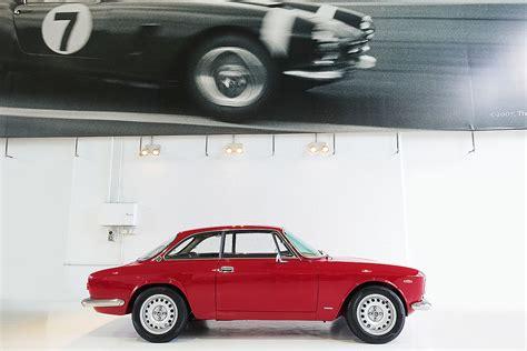 vintage alfa romeo giulia 1967 alfa romeo giulia sprint gt veloce classic throttle