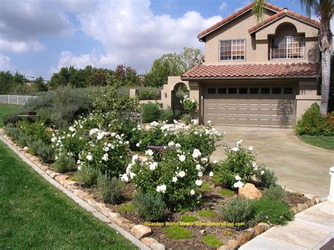 image gallery mobile home yard landscaping mobile home landscaping iceberg rose and lavender front