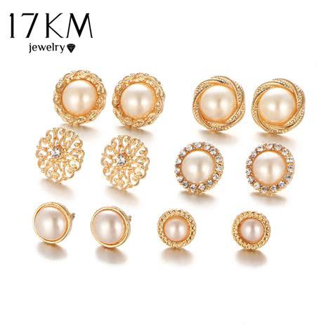 km gold color flower hollow stud earring vintage crystal