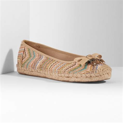 dusky pink peep toe wedding shoes vera wang