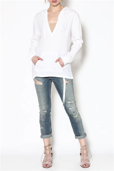 fresh fit linen fresh laundry linen long sleeve top from chicago by kovet