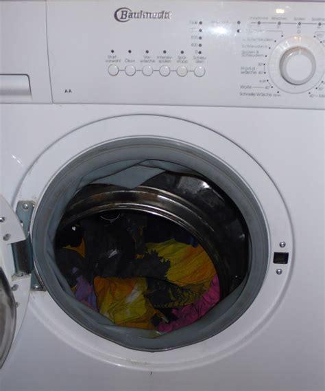 waschmaschine stinkt aus der trommel waschmaschine bauknecht wa care 34 sd trommelriss