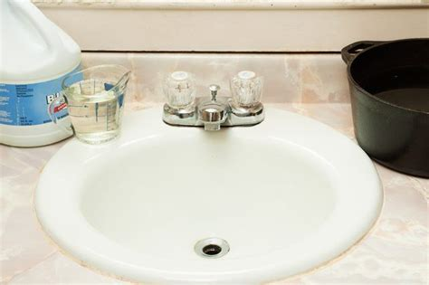 how to clean a smelly drain in bathroom sink best 25 smelly drain ideas on clean sink