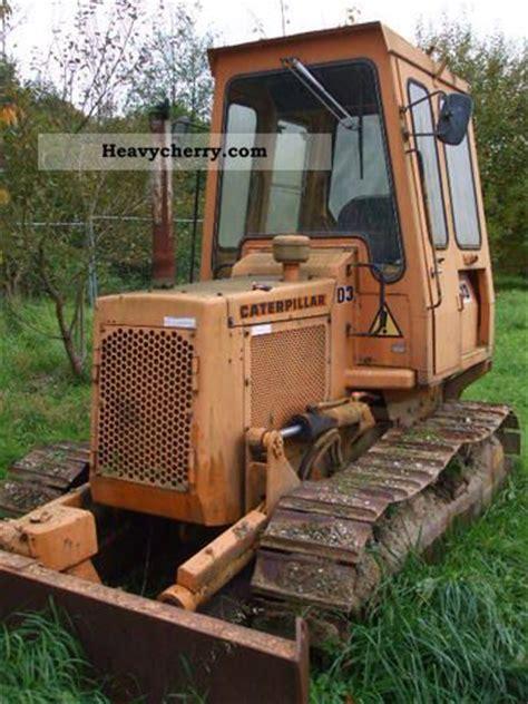 cat    dozer construction equipment photo  specs