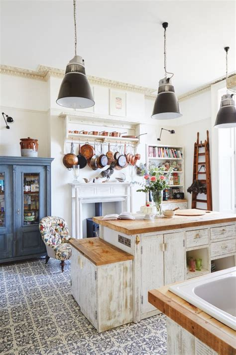 vintage decorating ideas for kitchens best 25 vintage homes ideas on