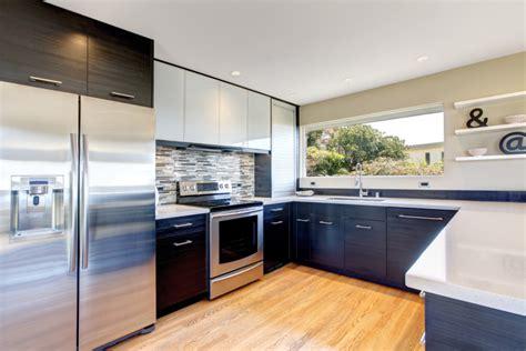 cocina moderna  muebles gris oscuro fotos   te
