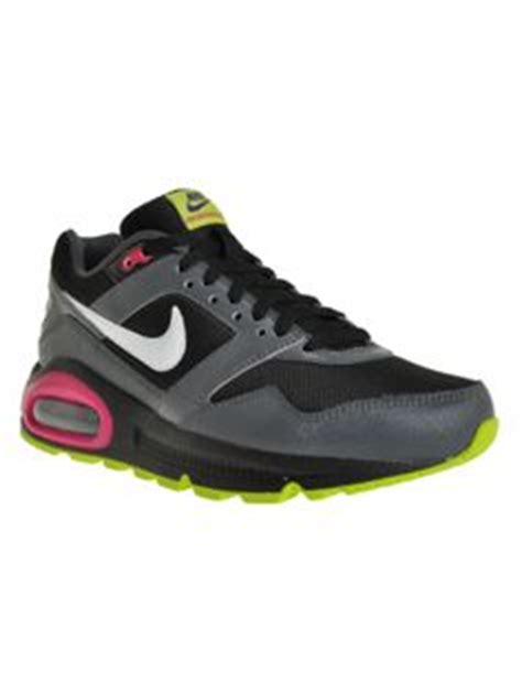 shoes on nike shoes nike and free runs