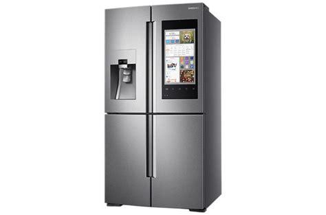 samsung mobile italia samsung family hub giunge in italia il nuovo frigorifero