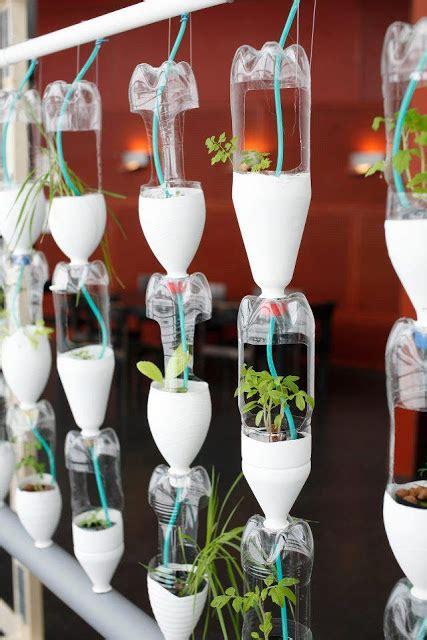 vasi con bottiglie di plastica giocabosco creare con gnomi e fate riciclare bottiglie