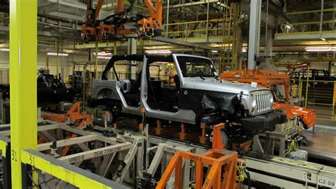 Jeep Toledo Plant Touring The Jeep 174 Wrangler Assembly Facility In Toledo