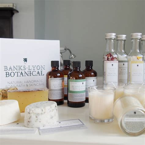 Handmade Skincare - n mix handmade organic bath and skincare set by banks