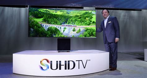 yves behar has designed samsung s high end 82 quot tv flatpanelshd