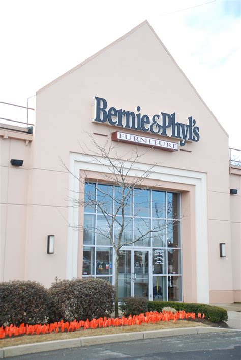 Bernie And Phyl S Furniture Store by Bernie Phyl S Furniture Supports Ms Awareness Week