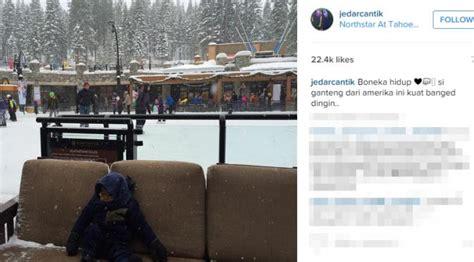 Sofa Duduk Buah lihat anak iskandar kedinginan di salju showbiz