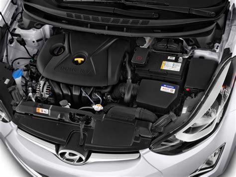 image  hyundai elantra  door sedan auto se alabama plant engine size    type