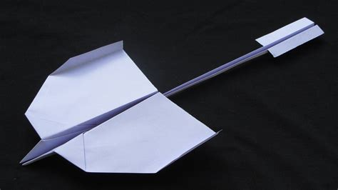 How To Make An Amazing Paper Airplane - how to make awesome paper airplanes that fly far step by