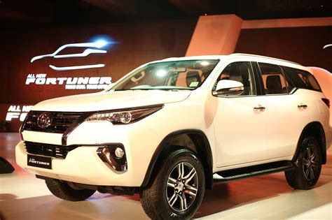 Dinamo Starter Inova Fortuner Diesel 2017 toyota fortuner launched in india priced from rs 25 92 000 autopromag