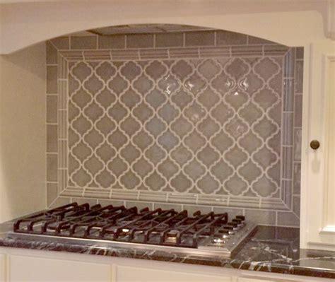 stove backsplash tile best 25 arabesque tile ideas on arabesque