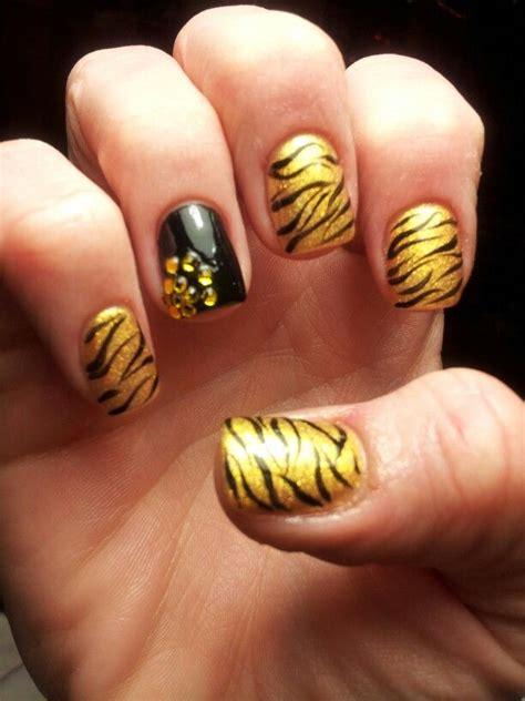 Mizzou Nail mizzou tigers inspired nails nail