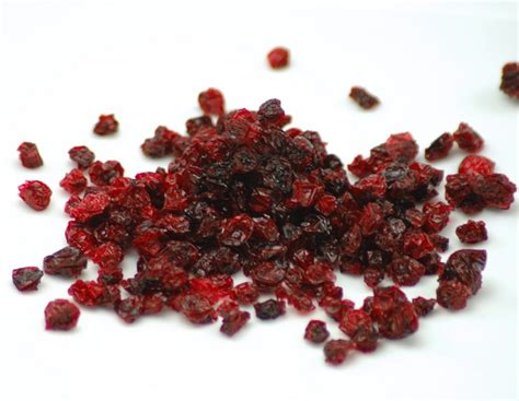 fruit vs berry lingonberry vs currant