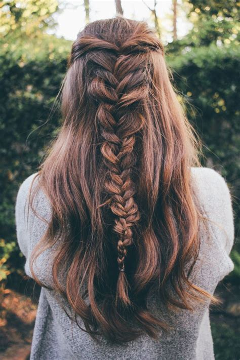 how to achieve a messy hairstyle 1000 ideas about dutch fishtail braid on pinterest buns