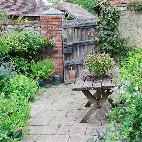 country style gardens cottage style garden with gate design housetohome co uk