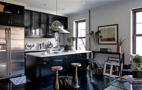 bachelors kitchen a nyc bachelor pad in just 550 square feet