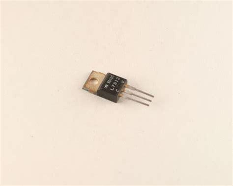 transistor l7812cv l7812cv byab transistor voltage regulator 2028002131