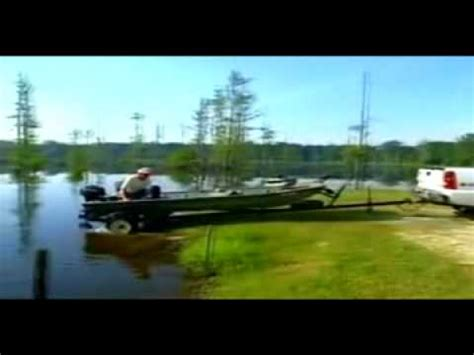 boat launch gone wrong another boat launch gone bad avi avi youtube