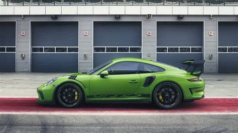 porsche 911 gt3 rs green 2019 porsche 911 gt3 rs facelift 991 2 leaked looks
