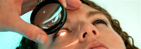floaters in eye with flashes of light flashes of light in eye pictures photos
