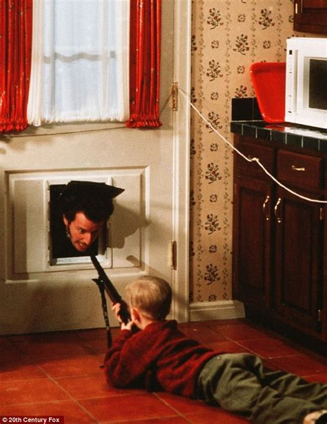home alone bathroom song home alone house sells for 1 58million 191 nearly 1million