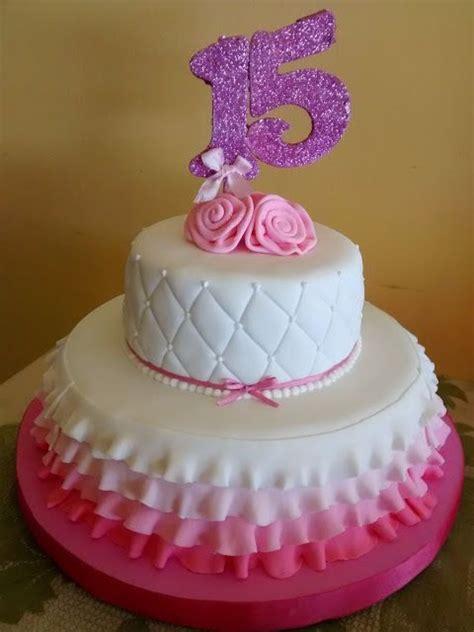 mas fotos de tortas de uva para que escogas y puedas lucir en tu boda m 225 s de 1000 ideas sobre pasteles para 15 a 241 os en pinterest