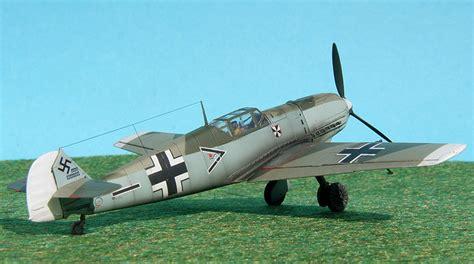 messerschmitt bf 109 e 8365281309 messerschmitt bf 109 e 4 of franz von werra airfix 1 72 ready for inspection aircraft