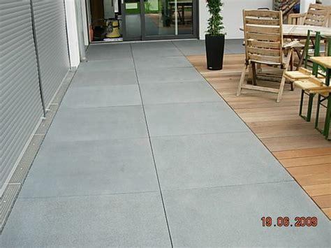 Terrasse Betonplatten by Betonplatten Garten Einebinsenweisheit