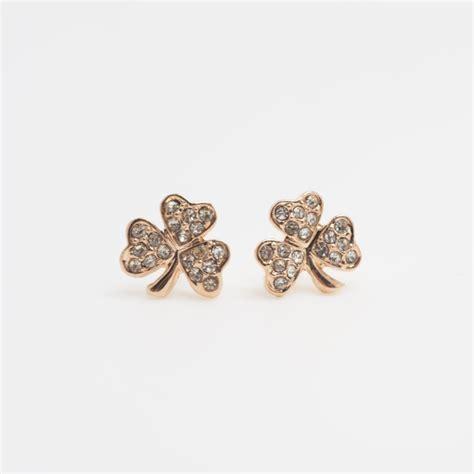 Four Leaf Clover Stud Earring gold four leaf clover earrings flower earrings