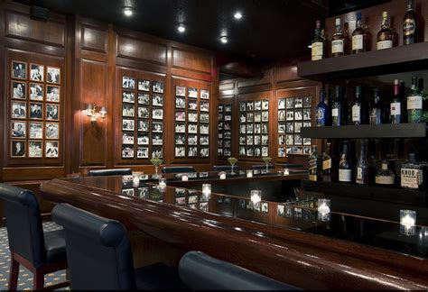 Room Bar Chicago by Hotelier Ian Schrager Into Chicago Ambassador East Hotel