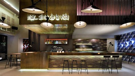 cafe interior design trends cafe bar decorated with geometric shapes of 1960s
