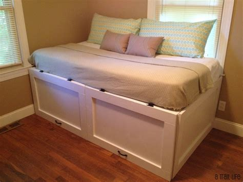 Diy Day Bed by 8 Gorgeous Diy Daybed Ideas For Your Home