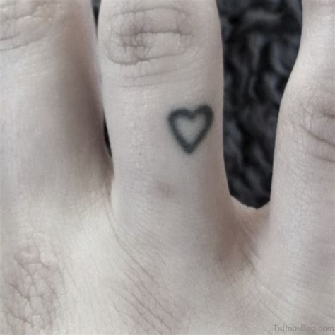heart tattoo on ring finger 41 awesome love heart tattoos on finger