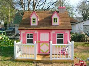 How To Play Home Design On 15 Amazing Outdoor Playhouse Ideas Rilane