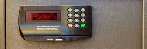 Hotel Room Safe by Is Your Hotel Room Safe Really Safe To Use A Traveling